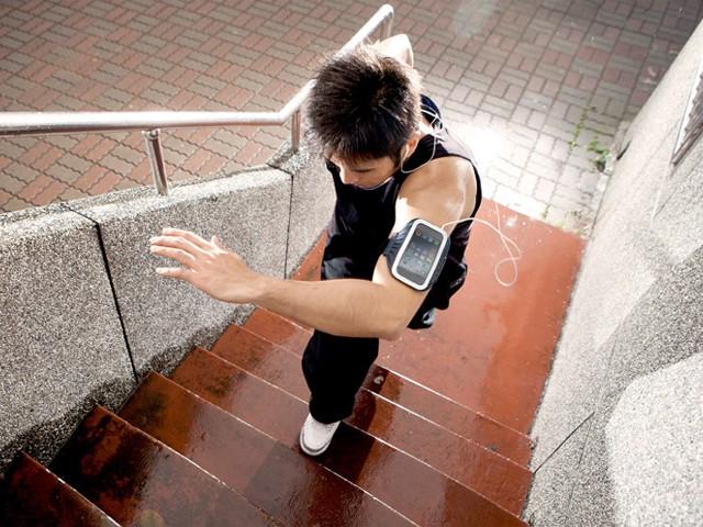 Чехол спорт для Iphone 5