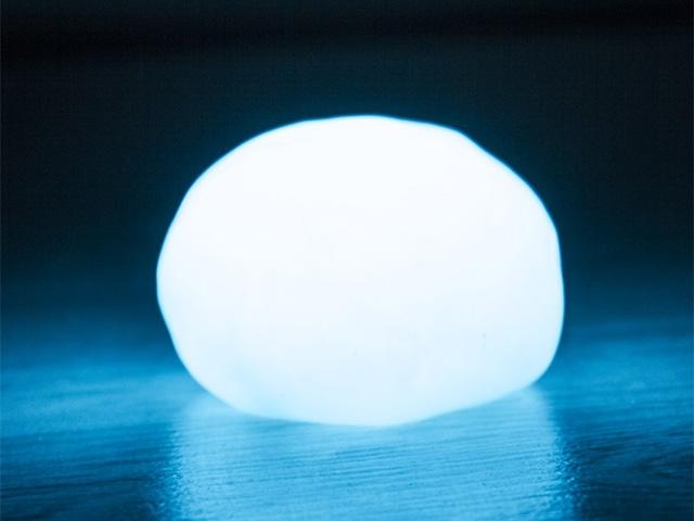 Светящийся пластилин ion