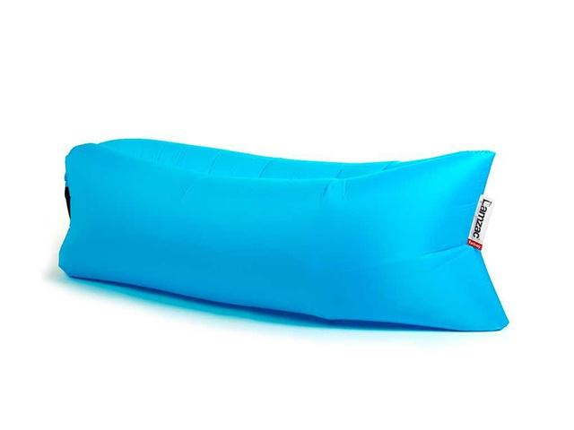 Надувной диван голубой