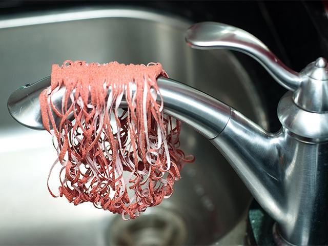 Spaghetti scrubs и кран