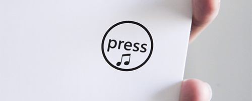 открытка розыгрыш кнопка